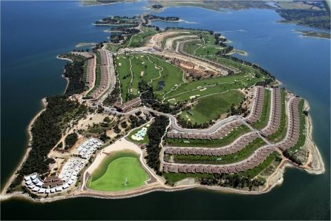 Resort Isla Valdecañas